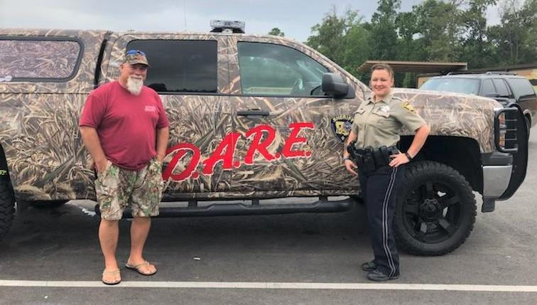 D.A.R.E. Truck wins first place at Conference 4.jpg